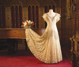 06fb94119c DRESSES-main-600x