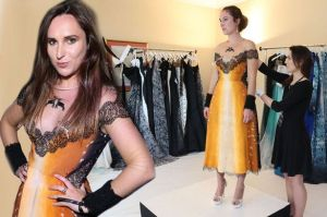 MAIN-Halina-gets-dressed-in-Cannes