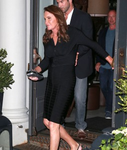 51786057 Reality star Caitlyn Jenner showing off her toned legs while out for dinner at Tutto Ilgiorno in New York City, New York on June 29, 2015. Caitlyn stated that she had an awesome time at the Gay Pride Parade yesterday. FameFlynet, Inc - Beverly Hills, CA, USA - +1 (818) 307-4813