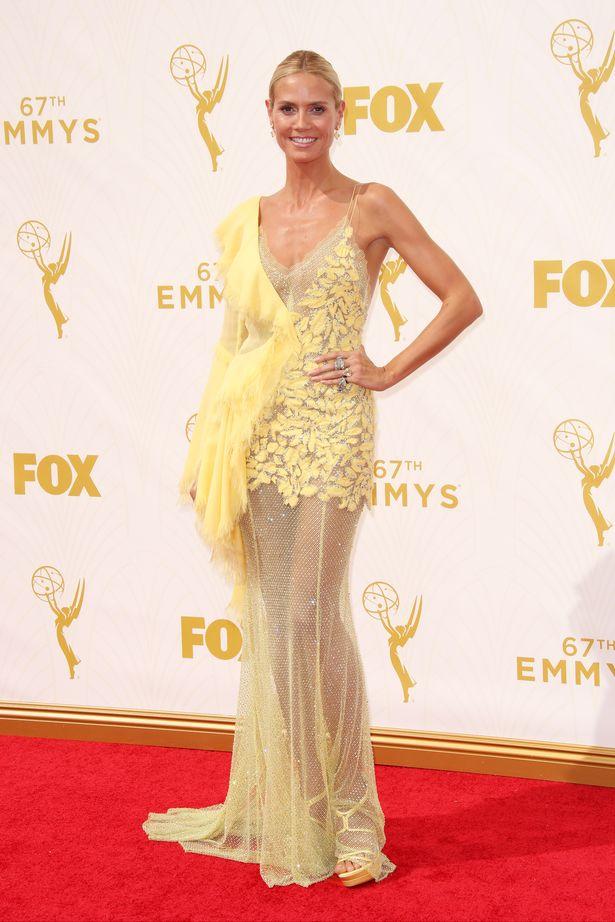 f6c1efef67 Heidi-Klum-Emmy-Awards-2015