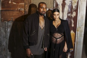 28202-kim-kardashian-and-kanye-west-mingle-with-stars-at-the-cfda-vogue-fash