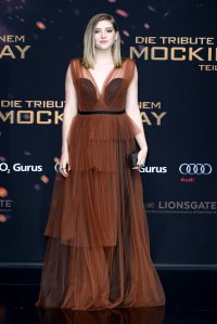 Willow-Shields-arrived-pleated-tiered-tulle-Marni-gown